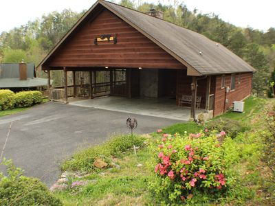 Photo for 2 Bed/3 Bath- Cabin. Hot Tub/ Pool Table /WiFi, Covered Parking Area