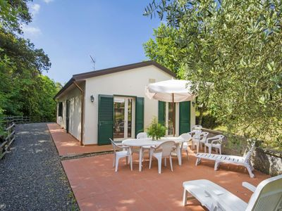 Photo for Wonderful private villa for 7 people with private pool, TV, pets allowed and parking