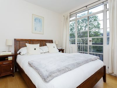 Photo for UP TO 20% OFF - Beautiful apartment in the Heart of Chelsea sleeping 4 (Veeve)
