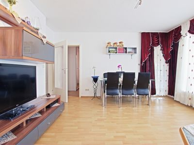Photo for 3BR Apartment Vacation Rental in Laatzen