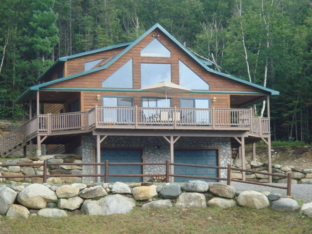 Log Chalet Overlooking Pond and Mountain Su... - VRBO