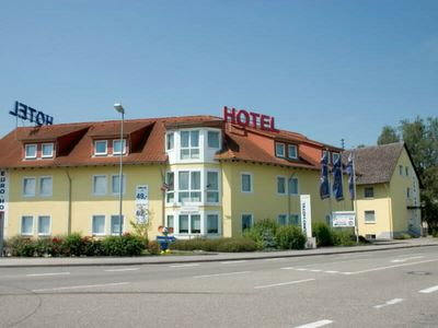 Photo for Single room with toilet and shower - Euro Hotel