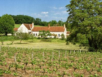Photo for Cottage in a pretty country house, on the banks of the Loire, between Tours and Amboise