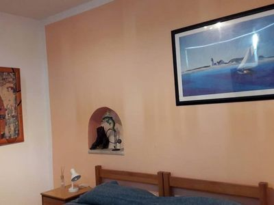 Photo for Apartment with direct access to the sea