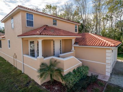 Photo for Spacious 2-story home in waterfront community with boat slip in Homosassa, FL