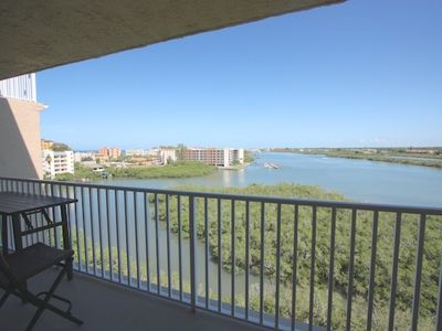 Private Patio with Seating for 4 Overlooking The Amazing Intercoastal Waters of Redington Shores, FL