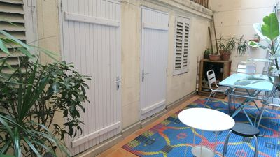 Photo for Charming 70m2 apartment with terrace, atypical rental, Marseille 1st