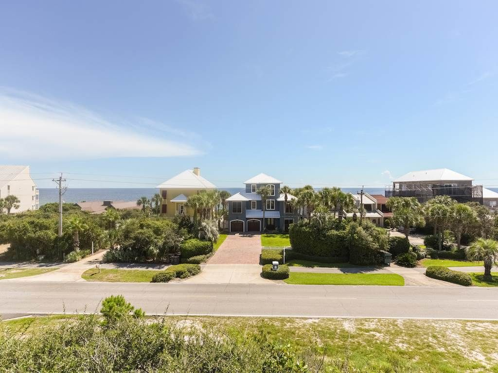 ENJOY GULF VIEWS from this 4 BR Home. PLENTY of AVAILABILITY in 2018! BOOK NOW!