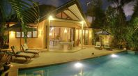 We had a wonderful stay in this very comfortable well-located villa. The place was initially hard to