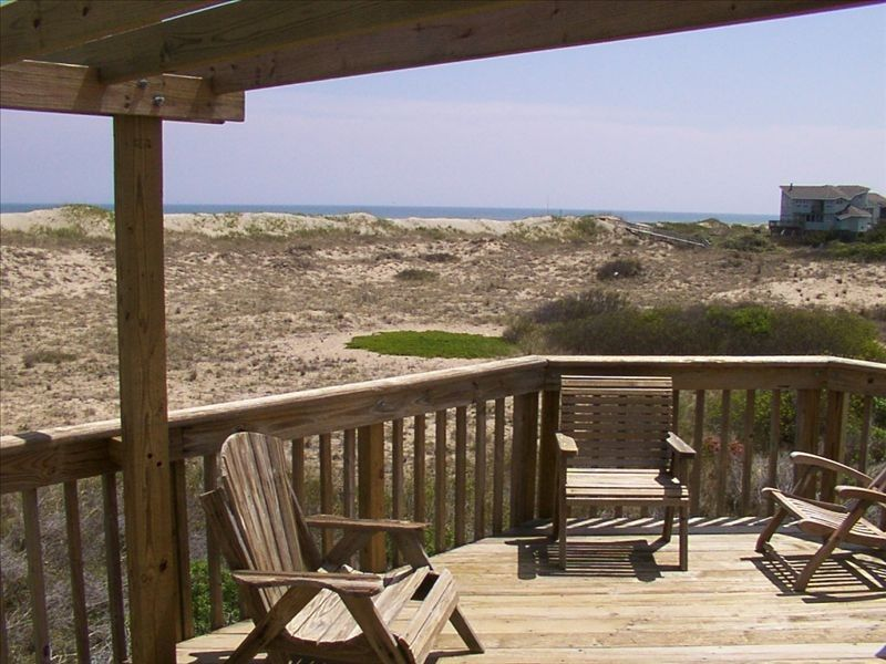 Outer Banks Ocean-Side Vacation Home