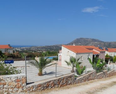 Photo for HOUSE WITH PRIVATE POOL AND SEA VIEWS, MOUNTAIN PANORAMA VILLA LOUISA