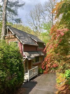 Photo for Cozy Mountain Getaway,  creek view, private Lake Glenville access