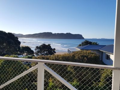 Photo for Hot Water Beach House with Views
