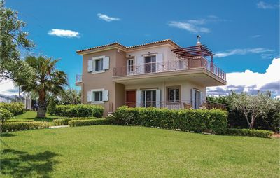Photo for 2 bedroom accommodation in Livanates