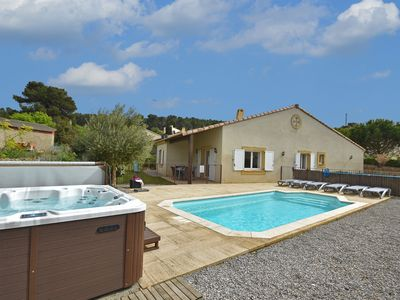 Photo for Modern Villa with Private Pool in Montburn-des-Corbieres