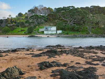 Photo for Stunning Beachfront bach