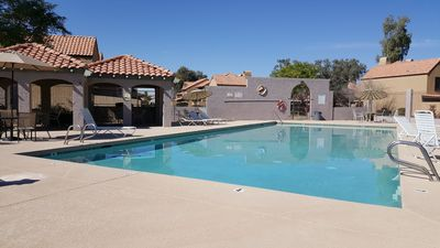 Photo for Townhouse in quiet community w/ pool, close to U Phx stadium & spring trainings
