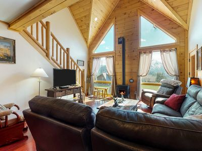 Photo for Gorgeous dog-friendly family lodge w/ new hot tub- close to skiing and lake