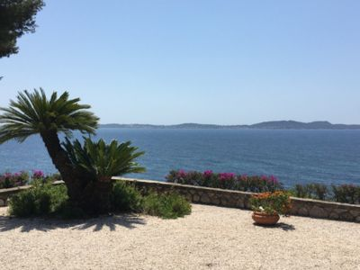 Photo for VILLA 8 PEOPLE WITH STUNNING VIEWS PRIVATE ACCESS TO THE SEA