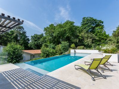 Photo for Bidart House for 10 people (classified 4 * for 8 people) heated pool and free wifi
