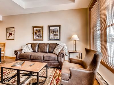 Photo for Ski-in/out Center Village, 1 Bdrm Penthouse Condo w/ Hot Tub