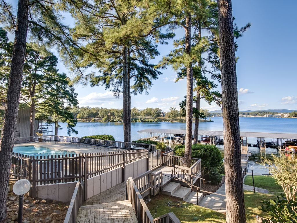 large and spacious condo w a wonderful lak vrbo