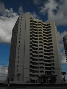 High Rise Luxury Condo in Daytona Beach Shores, FL