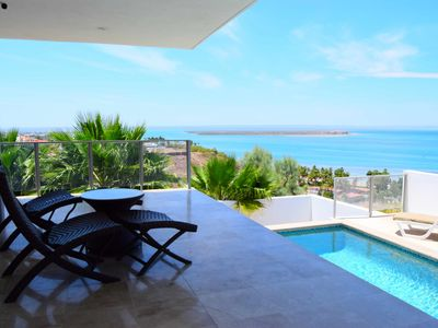 Photo for Panoramic oceanview and private pool