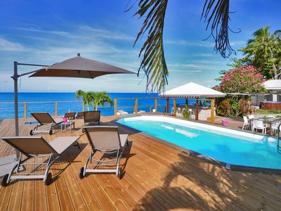 Photo for Villa VAIANA Saint Pierre Martinique feet in the water pool sea view