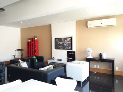 Photo for Luxurious Duplex, 03 rooms, near the sea, up to 07 guests.