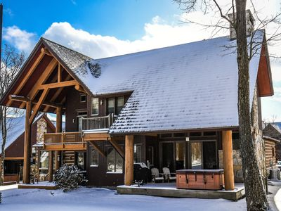 Gorgeous 4 bedroom ski in / ski out home on top of Wisp Mountain.