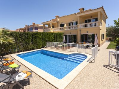 Photo for Puig de Ros. Large house with private pool, ideal for family holidays.