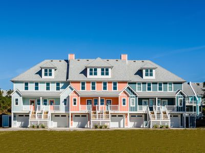 Photo for Coastal Ambience at Cambridge Reserve with Waterpark, Near Oceanfront Beach Access