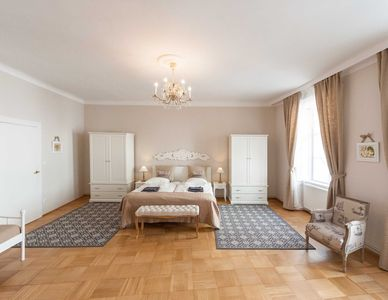 Photo for Allegro apartment in 01. Innere Stadt with WiFi & lift.