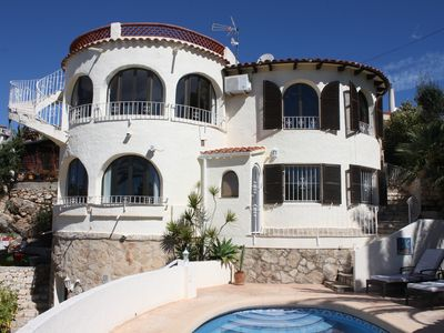 Photo for Large Spanish Villa, private pool, 1 km from the sea near Calp and Moraira,