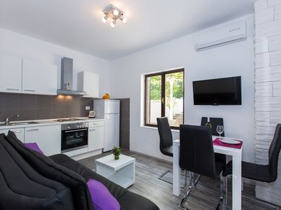 Photo for 1BR Apartment Vacation Rental in Rožat, Dubrova??ko-neretvanska županija