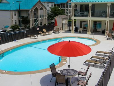Photo for Branson Lakes Emerald Bay Escape Onsite Marina, two Pools ,Tennis Court, Wifi