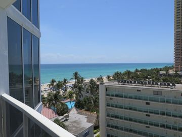 Trump International Beach Resort (Sunny Isles Beach, Flórida, Estados Unidos)