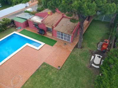 Photo for ROCHE, FAMILY VILLA CLOSE TO THE BEACH, LARGE SWIMMING POOL, WIFI, AC