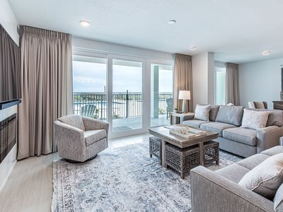 Photo for Luxurious Gulf Front Condo, Stunning Resort Amenities, Minutes to Entertainment