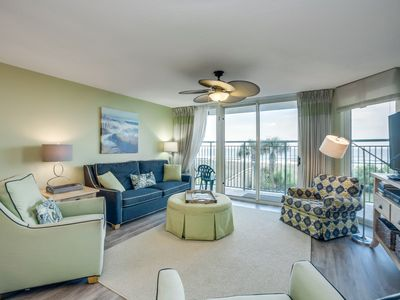Photo for Spacious 1st floor oceanfront condo, great amenities, close to attractions