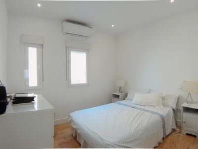 Photo for Bright 1 bedroom apartment in Puerta del Angel DB
