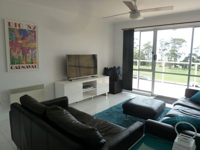 Photo for Central Luxury with Fabulous Views