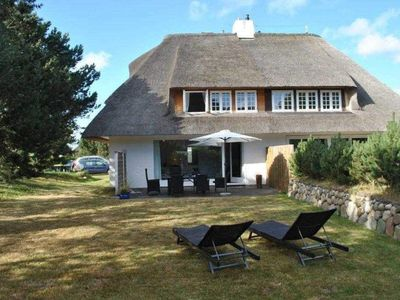 Photo for Holiday home for up to 6 people - Thatched Sylt