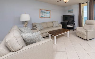 Photo for RELAX on the BEACH! **Guest's Choice!** 3BR 2BA *8th Floor P3-3081