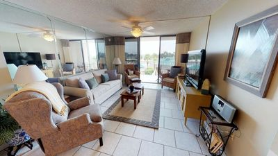Photo for Gulf Front 2 bed 2 bth (Sleeps 7) * Contact 4 Snow Bird Rates *