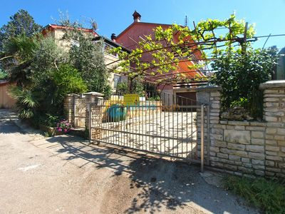 Photo for Apartment 1619/16664 (Istria - Banjole), Family holiday, 300m from the beach