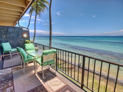 "Photo for ""Vintage Hawaii"" - Awaken to the Sounds of the Sea - Sleeps 6"