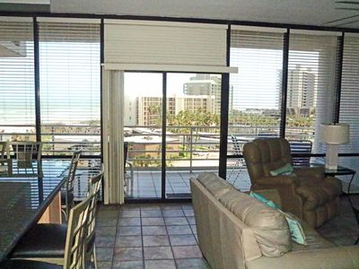 Book Now and Enjoy This Spacious Condo With Views to the Gulf and Bay!