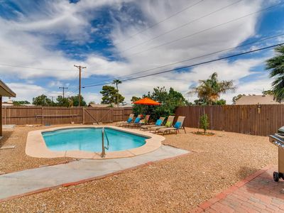Photo for PARTY IN SCOTTSDALE- POOL, HOT TUB, PUTTING GREEN, POOL TABLE, BOCCE BALL & FIRE PIT!